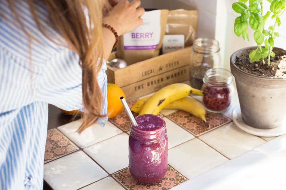 replacing a meal with smoothie gives you energy and makes you stronger